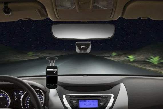 Mobileye automatically turns on high beam